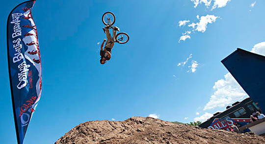 FMX Friday: The Outlaws of Dirt